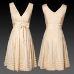 Два бежевых платья