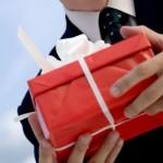 Значение подарков от мужчины для женщины