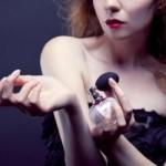 Как сделать ваш аромат духов более устойчивым